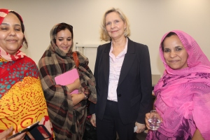 Director for UN Relations Carolyn Handschin with delegates from the National Union of Saharan Women